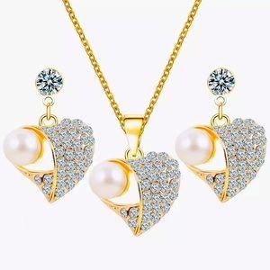 🎀 New Peach Heart Pearl Necklace Earrings Set